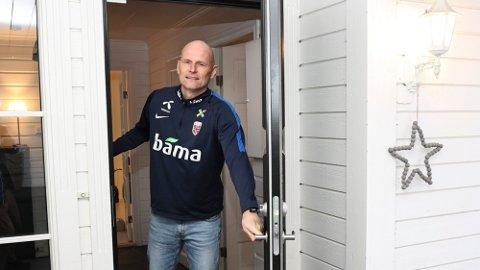 POSITIV: Norges nye landslagssjef Ståle Solbakken er ikke bekymret for Ødegaards situasjon med lite spilletid i Real Madrid.
