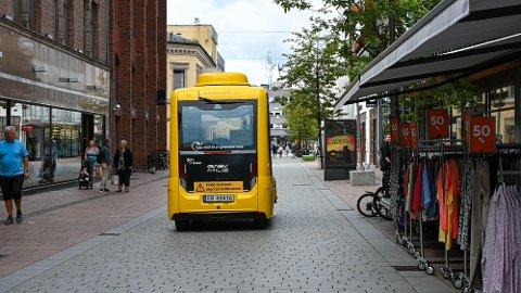 Den selvkjørende bussen skal nå gi fra seg lyd.