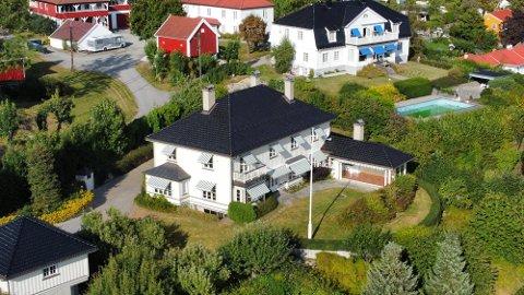 Huset ble ikke lagt ut på det åpne markedet. Salget ble først kjent da det ble registrert i eiendomsregisteret.