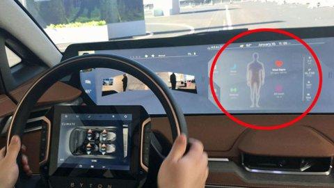 Bilen holder øye med helsa de og registrerer både puls og annen aktivitet. Har du beveget deg for lite får du beskjed.