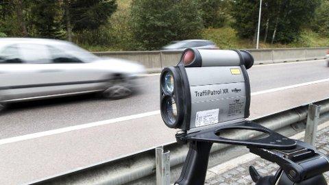 Denne uken er det skolestart mange steder i Norge. Da skjer det også en rekke ulykker. Et av problemene er foreldre som har dårlig tid. Foto: Kallestad, Gorm, Scanpix