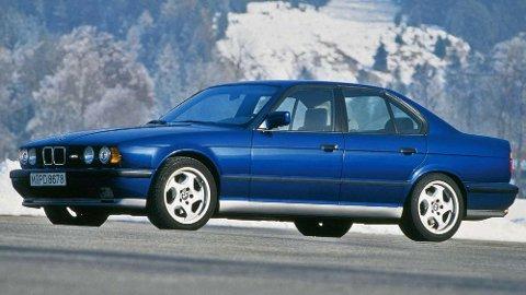 BMW M5 er virkelig heftige saker. Nå kan du hente en slik bil avgiftsfritt til Norge.