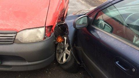 TRAFIKKULYKKER: De fleste trafikkulykkene i Midtfylket skjer i helgene.