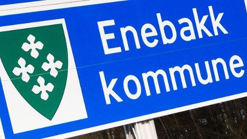 Enebakk kommune har penger som kan komme lokalt næringsliv til gode, og vi mener det er viktig at kommunen nå gjør dette kjent for næringslivet.