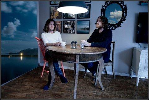 Sørlandsbandet Tenderleaves- har gitt ut sitt 5. album. Even Øygarden og Geir Kongshaug.
