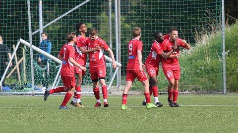 Bremanger jublar for scoring mot Florø 2 tidlegare i år.