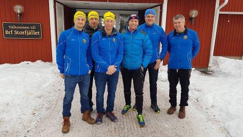 SPREKE: Øyvind Solheim, Jan Arve Solheim, Stig Solheim, Jan Olav Endestad, Tore Øren og Arne Odd Løkkebø  er ved godt mot før Vasaloppet.