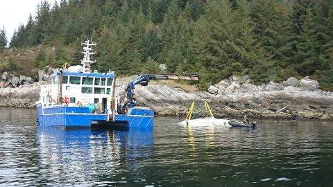 DØDSULYKKE: Det var i mai i fjor at ein båtførar køyrde på land på øya Selja. Båten gjekk ned og kona til båtføraren vart kritisk skadd i krasjen og døydde av skadene.