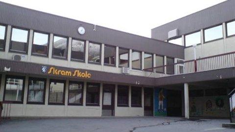 Skram skule i Måløy.