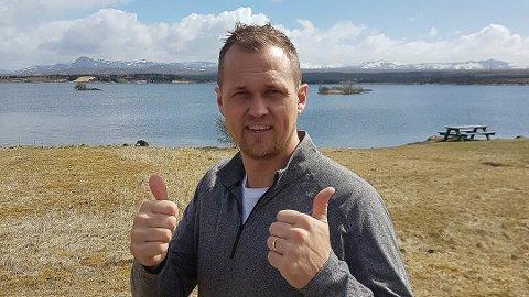 TAKKAR FOR SEG: Etter to år i Florø dreg Bridde tilbake til Island med familien.