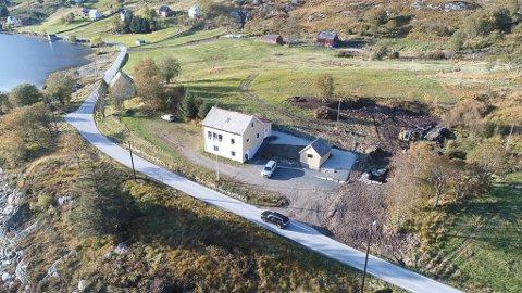 Dalheim ligg ved Varsneset i Dalen. Her ser vi då området var under utvikling bak grendehuset.
