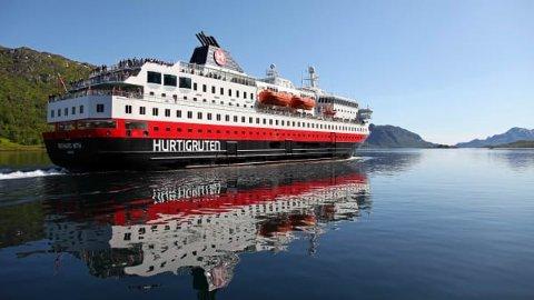 MINDRE AVTRYKK: Hurtigruten har ein klar plan om å redusere CO2-utsleppa sine og skal oppgradere alle skipa.