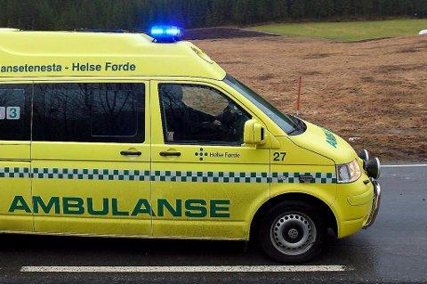 UNØDVENDIG PÅKJENNING? Pasienten fekk mange timar i ambulansen. Illustrasjonsfoto: Camilla Aasen Bøe.