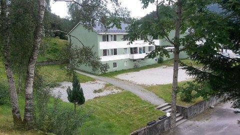 STENGER: Snart lukkast døra for Førde statlege mottak, og med det millioninntekter for Førde kommune.