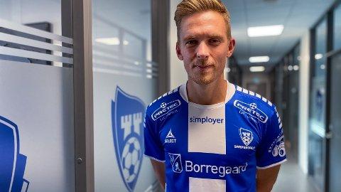 NORSK JORD: - Dette er rett tidspunkt å kome heim til Noreg på. Det har vore ein tøff sesong i India, seier Kristian Fardal Opseth.