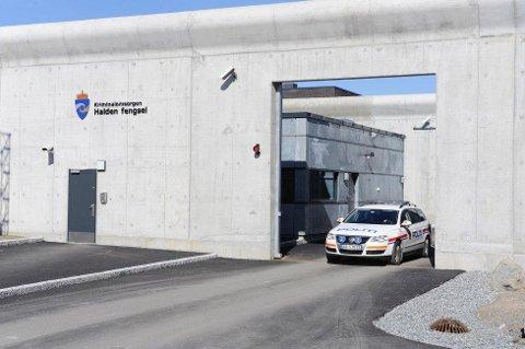 UTVIDER: Nå ligger det an til at Halden fegnsel blir utvidet med 100 plasser. Dermed blir fengselet like stort som det opprinnelig var planlagt.