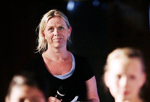 REKTOR: Kirsten Semb ved Gudeberg barne- og ungdomsskole opplyser at elever som rammes av flom får dekket transport til og fra skolen.