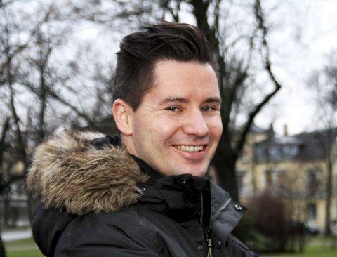 OPPFORDRER: Nytilsatt rektor ved Fredrikstad kulturskole, John Einar Halvorsrød, håper at mange unge i Fredrikstad vil søke på drømmestipendet. Fristen går ut 15. februar.