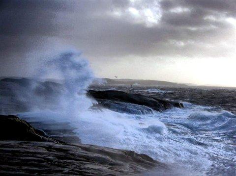 VERRE ENN DETTE: Her blåser det 18 sekundmeter på Herføl, men lørdag kan vinden komm opp i 22 sekundmeter.