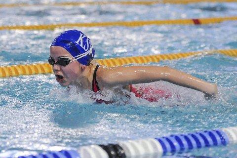 TRE PERSER: Mia Gulbrandsen satte tre personlige rekorder under Årsklassemesterskapet. Foto: Kent Inge Olsen