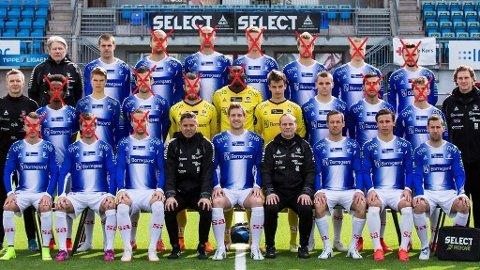 STOR FORANDRING: Her er Sarpsborgs lagbilde fra 2015. Bare siden den gang har det skjedd enorme endringer i spillerstallen. Foto: Sarpsborg 08