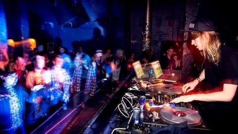 Suksess: Magnus August Høiberg (30) har suksess som DJ i USA og verden over. Det er 12 år siden han var med i UKM.