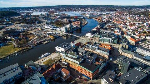 Forbigås: Fredrikstad er i vekst og regnes som en stor kommune i Norge. Men andre er nå i ferd med å gå forbi - på grunn av kommunereformen.