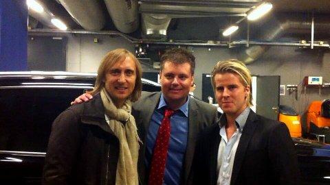 Store navn: David Guetta i Oslo Spektrum var noe av første og største Trond Opsahl (i midten) og Christoffer Huse (til høyre) fikk til.