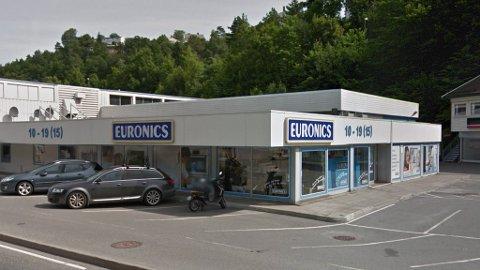 GAMMELT OG NYTT: Snart må Euronics-logoen vike for Elon-logoen i Norge. Foto: Google Streetview