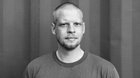 Vil ikke si nei: Fredrikstad kommunes kulturetat vil ikke nekte Joshua French å leie seg inn på Blå Grotte. Kultursjefen forklarer i artikkelen hvorfor.