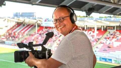 KRINGKASTINGSSJEF: Det er ikke få timer Fredriksstad Blads Erik Hagen har brukt videokamera denne sesongen.