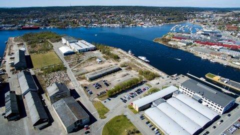 Blir en ny bydel: På denne tomten kommer ny Frederik II, Arena Fredrikstad og flerbrukshall. (Arkivfoto: Erik Hagen)