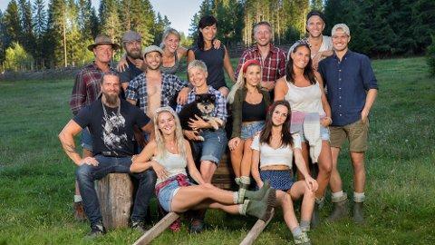 NYE BØNDER: Dette er årets Farmen-deltakere. Blant dem finner vi Paal Nygård (til høyre) fra Fredrikstad.