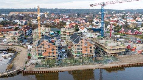Det har vært stor boligbygging i Fredrikstad de siste årene, og også en betydelig prisoppgang i markedet. På ti år har en bolig i kommunen i gjennomsnitt steget med over 80 prosent i verdi.