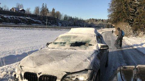 Her er det ikke akkurat mye sikt forover, eller til sidene. Kjøreturen er mildt sagt uforsvarlig. Foto: Knut Skogstad (Broom)