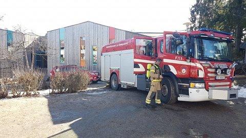 Brannvesenet fikk raskt kontroll på brannen.