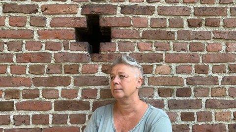 Desirée Ulvestad-Grandahl utforsker tro, tvil, levd liv og moralske valg i sitt nye teaterstykke. Nå inviteres publikum til lesning av stykket i Østre Fredrikstad kirke.