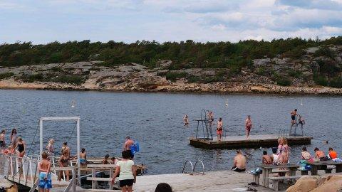 BAD: Været i første halvdel av helgen borger for varmegrader og gode forhold for Fredrikstads badenymfer.