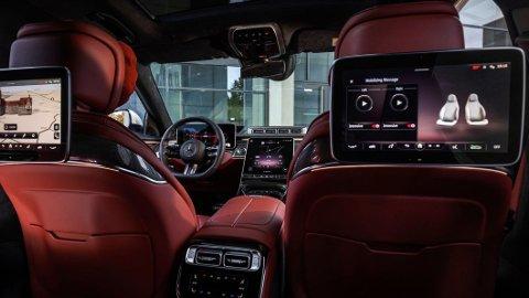 Mercedes løfter lydopplevelsen til et nytt nivå, når de lanserer Burmester High-end 4D-surround sound på nye S-Klasse.