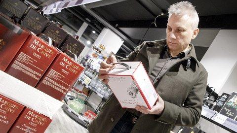 VIN TIL PÅSKA: Ekstra mange planlegger nok å kjøpe seg en kartong med vin til påska. Nettavisens eksperter har plukket ut de beste kjøpene.