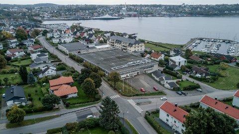 LANG PROSESS: På det tidligere Fretex-utsalget og Etac-bygget i Bråtengata skal det komme 80 boenheter. Veien hit har vært alt annet enn plankekjøring.