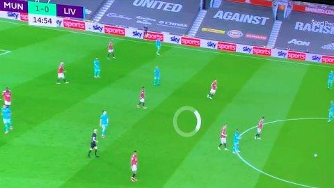 PROBLEMER: Flere fotballfans har hatt problemer med direktesendte fotballkamper, og klager på TV 2s strømmetjeneste Sumo.  Foto: Skjermdump Facebook/Jonny Kartveit