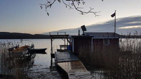 Tidligere har han tilbudt husbåten med overnatting. Nå ønsker Krenzler  kun å leie den ut på dagtid til folk som vil ta badstue, bade eller fiske.
