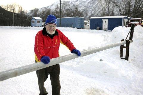 UTEN IS PÅ FAGERNES: – Slik det ser ut nå får vi ikke gjort noe med det før i midten av januar, sier  Olaf Schaug-Pettersen, leder i Narvik Skøyteklubb. Arkivfoto