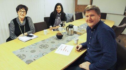 STILLER SPØRSMÅL: Hockeyglad jurist fra Narvik, Sturla Winther, er ikke fornøyd med svar han har fått.