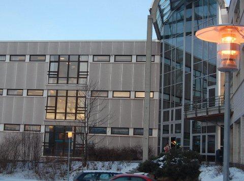ETTERTRAKTET: Kampen om Høgskolen nærmer seg siste runde. Det kan gå mot en dragkamp mellom Nordland og Troms.