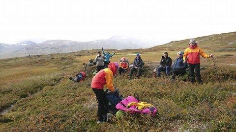 Utstyr: Deltakerne fikk både sko, klær, sekker og alt de trengte av utstyr før turen. Foto: Roar Teibakk