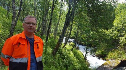 Arbeidsleder Pål Storø forteller om flotte ungdommer som står på å jobbe for pengene de får fra Nav