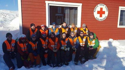 GLAD GJENG: Selv om det var litt ruskevær i påsken fikk Narvik Hjelpekorps nyte litt sol på Bjørnfjell. Arkivfoto