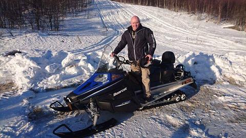 FLERE SNØSCOOTERE: Med riktig bruk, forstand og varsomhet, ser jeg ikke noe problem med flere snøscootere ute i den flotte naturen vår. Vi må jo sørge for at naturen blir brukt, sier Frp-politiker Rune Østergren.